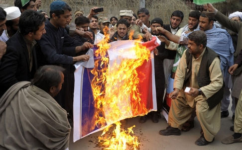 topshots-pakistan-france-attacks-charlie-hebdo_aq_47755657